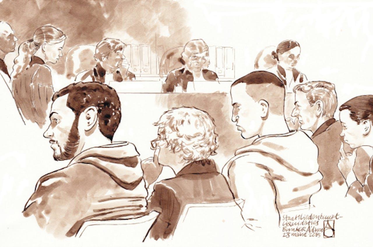 Op de voorgrond, (VLNR): Anouar B., Bénédicte Ficq (advocaat van Adil A.), Adil A., Stefan S. en Femke van Baarlen (advocaat van Stefan S.). ANP