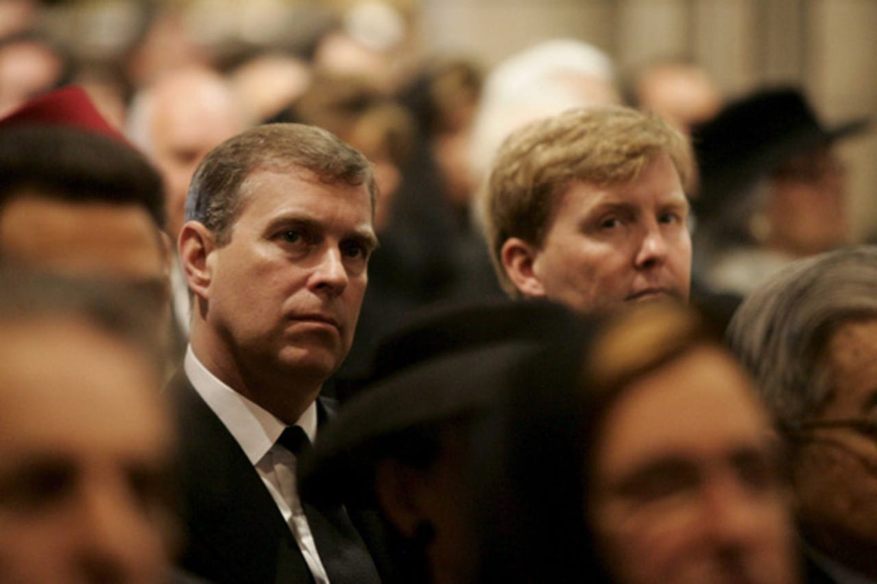 Foto: ANP. Prins Andrew met Koning Willem Alexander