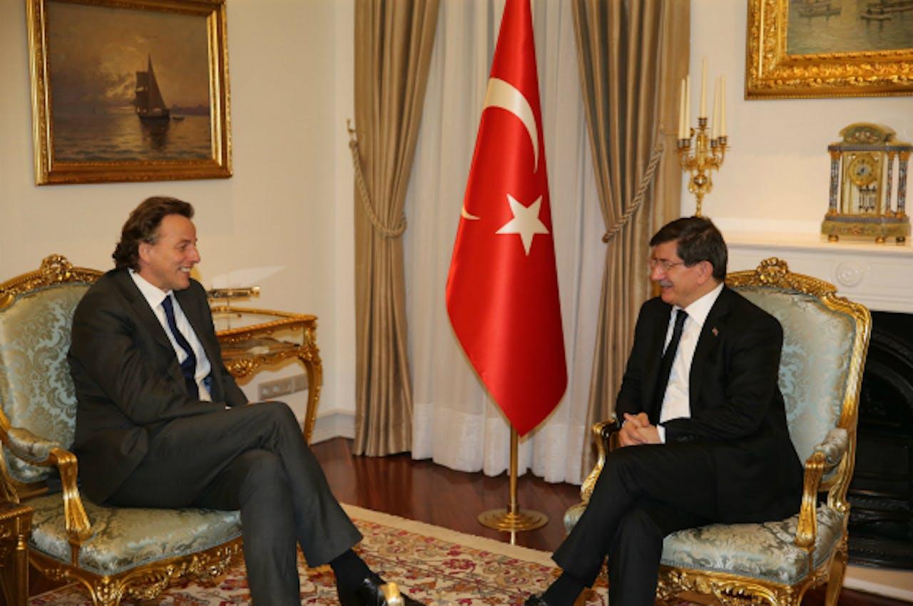 Foto: ANP/EPA - Bert Koenders en de Turkse premier Ahmet Davutoglu