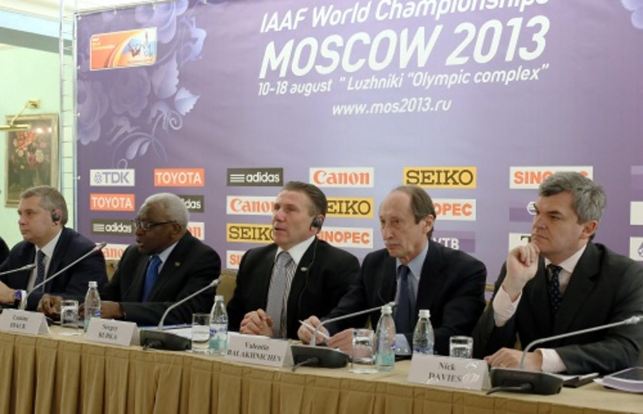 Valentin Balachnitsjev, 2e van rechts. EPA