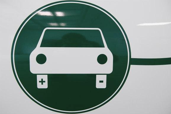 Alleen Nog Fiscaal Voordeel Voor Volledig Elektrische Auto Bnr