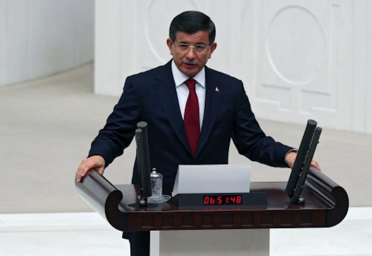 Premier Ahmet Davutoglu (EPA)