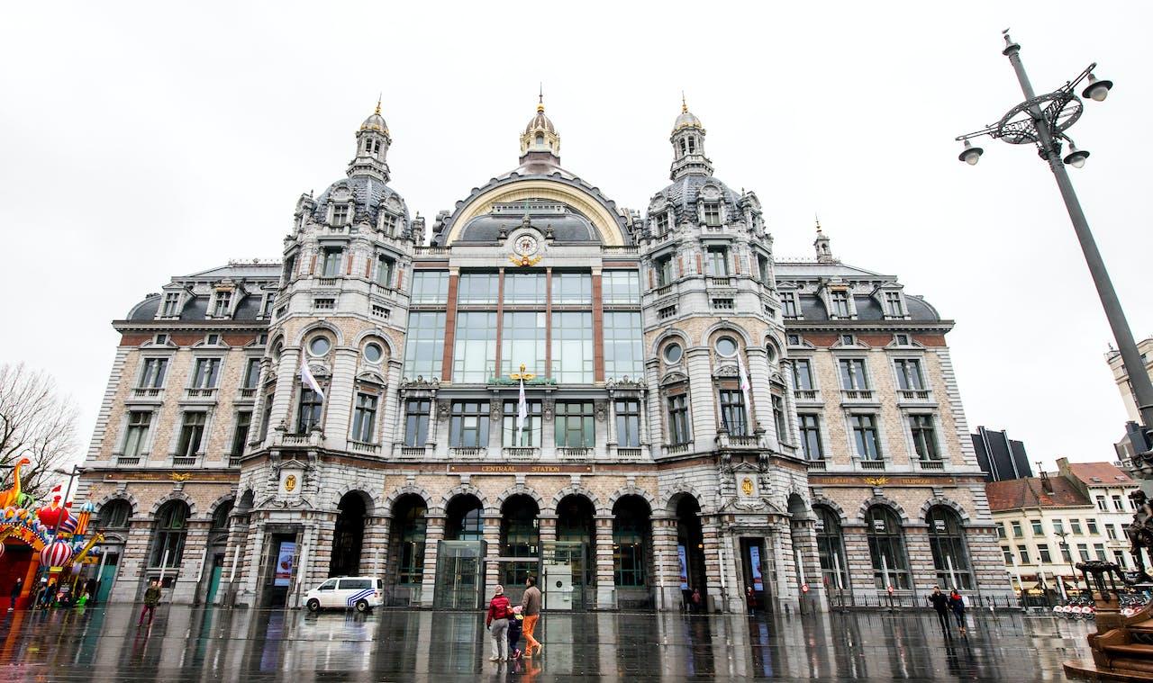 Antwerpen gaat mobiele telefoons in stad volgen
