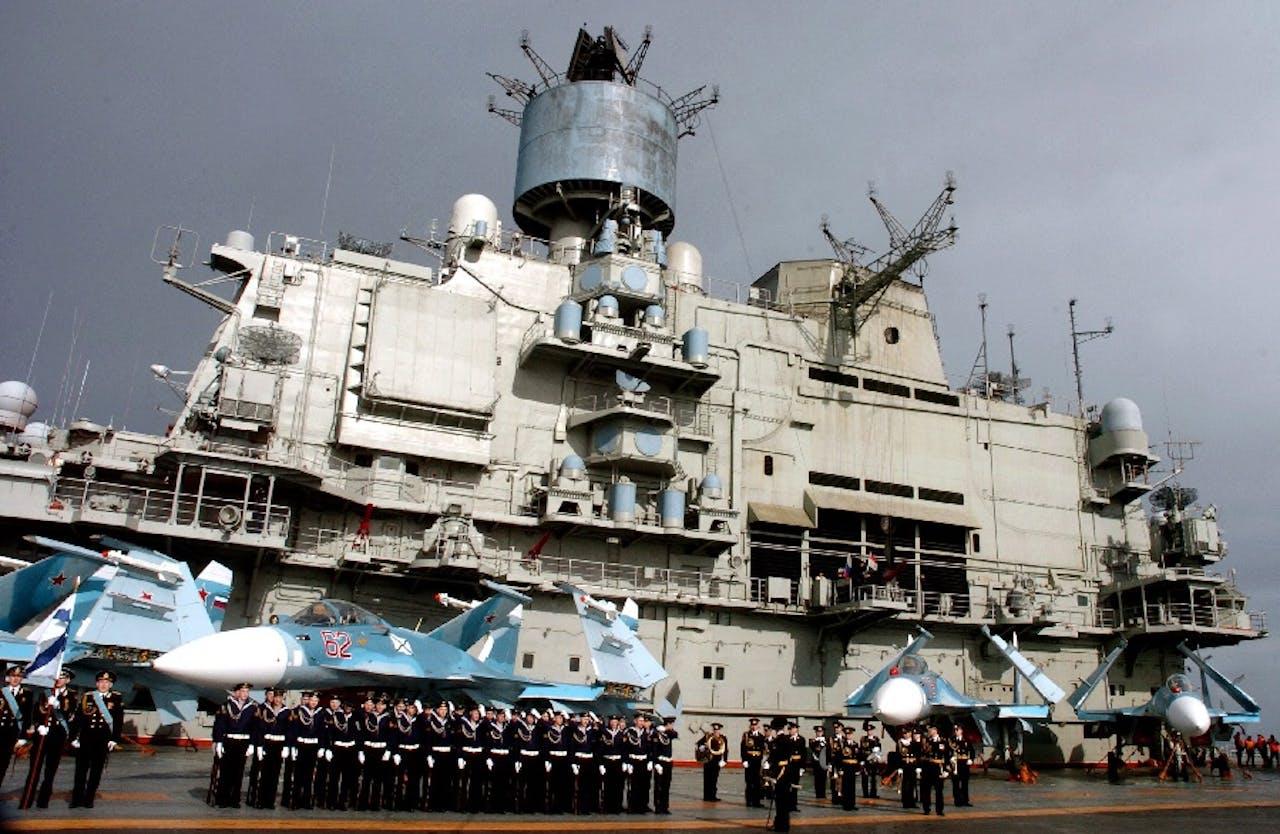 Russisch vliegdekschip in Tartus. Foto: ANP 2012