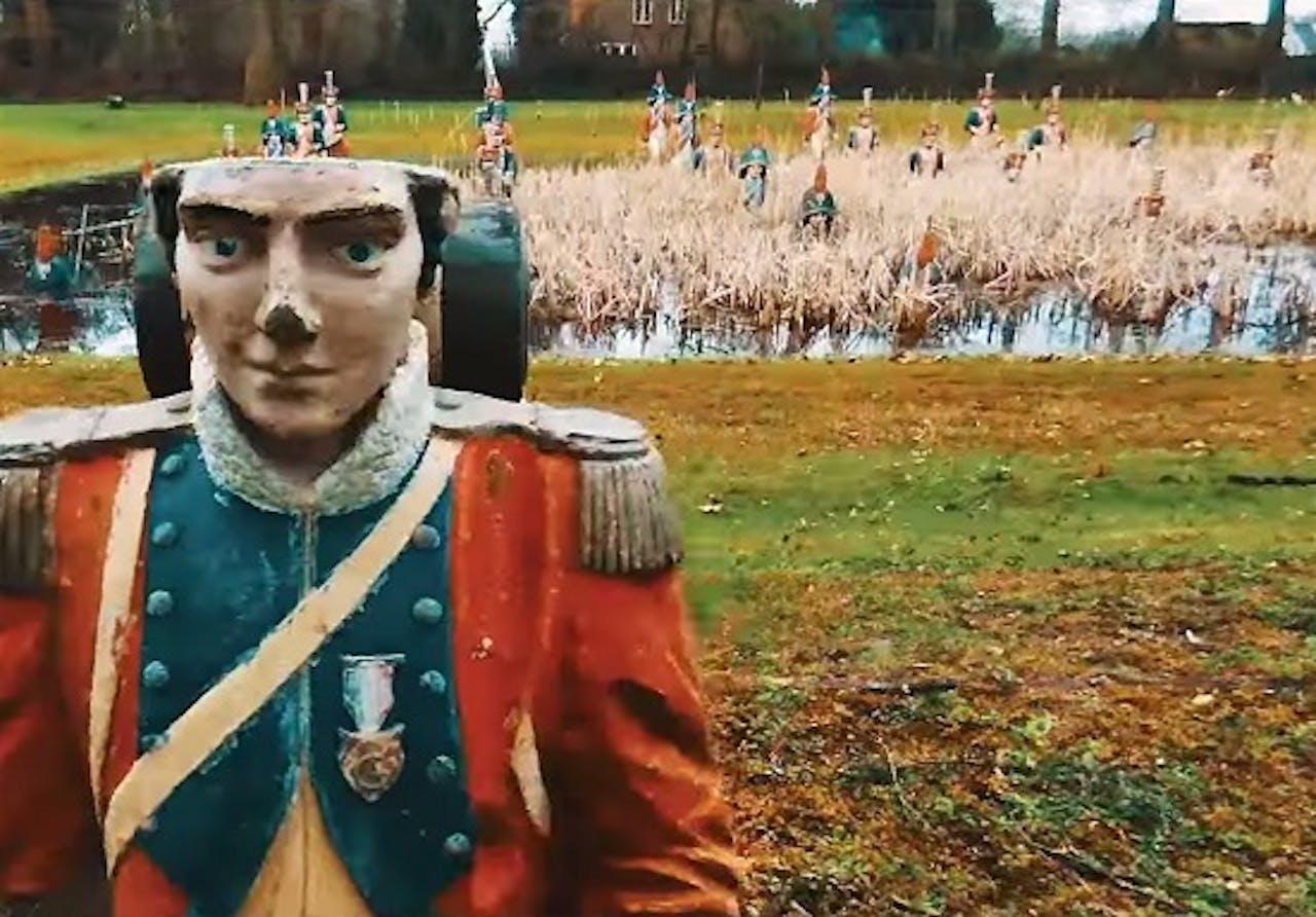 Land van Ooit in de video van Ralph Denessen