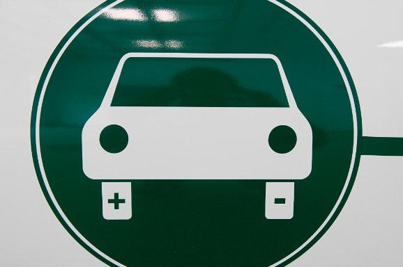 Bnr Topic Houd Elektrische En Hybride Auto S Op Nul Procent