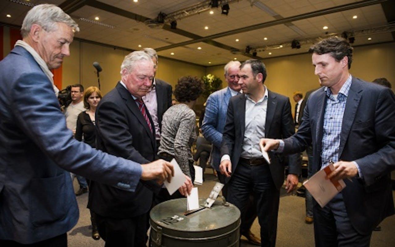 ANP Leden van sportbonden stemmen voor of tegen de kandidaatstelling van Nederland voor de organisatie van de European Games in 2019.