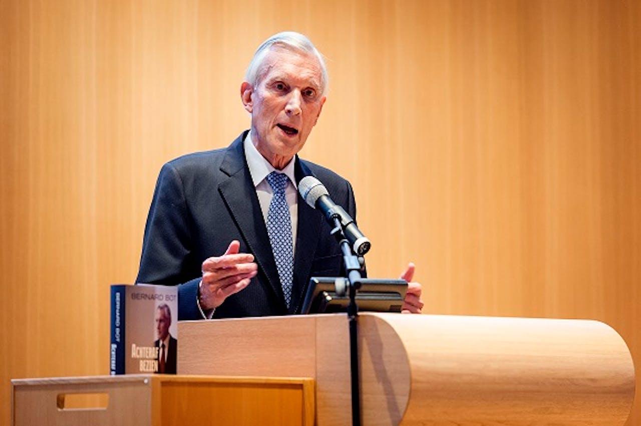 Bernard Bot bij de presentatie van zijn nieuwe boek. Foto: Koen van Weel/ANP