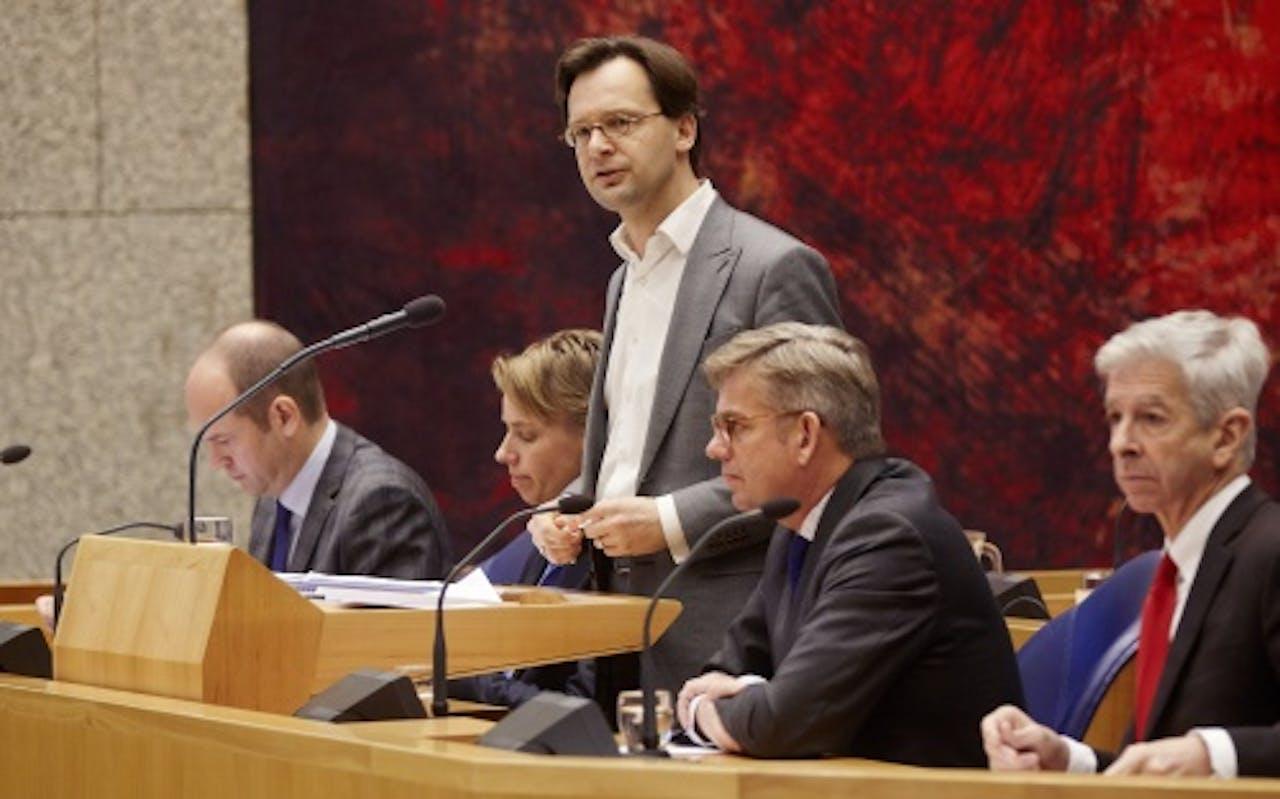 ANP Archiefbeeld initiatiefnemers in debat over de nieuwe wet.