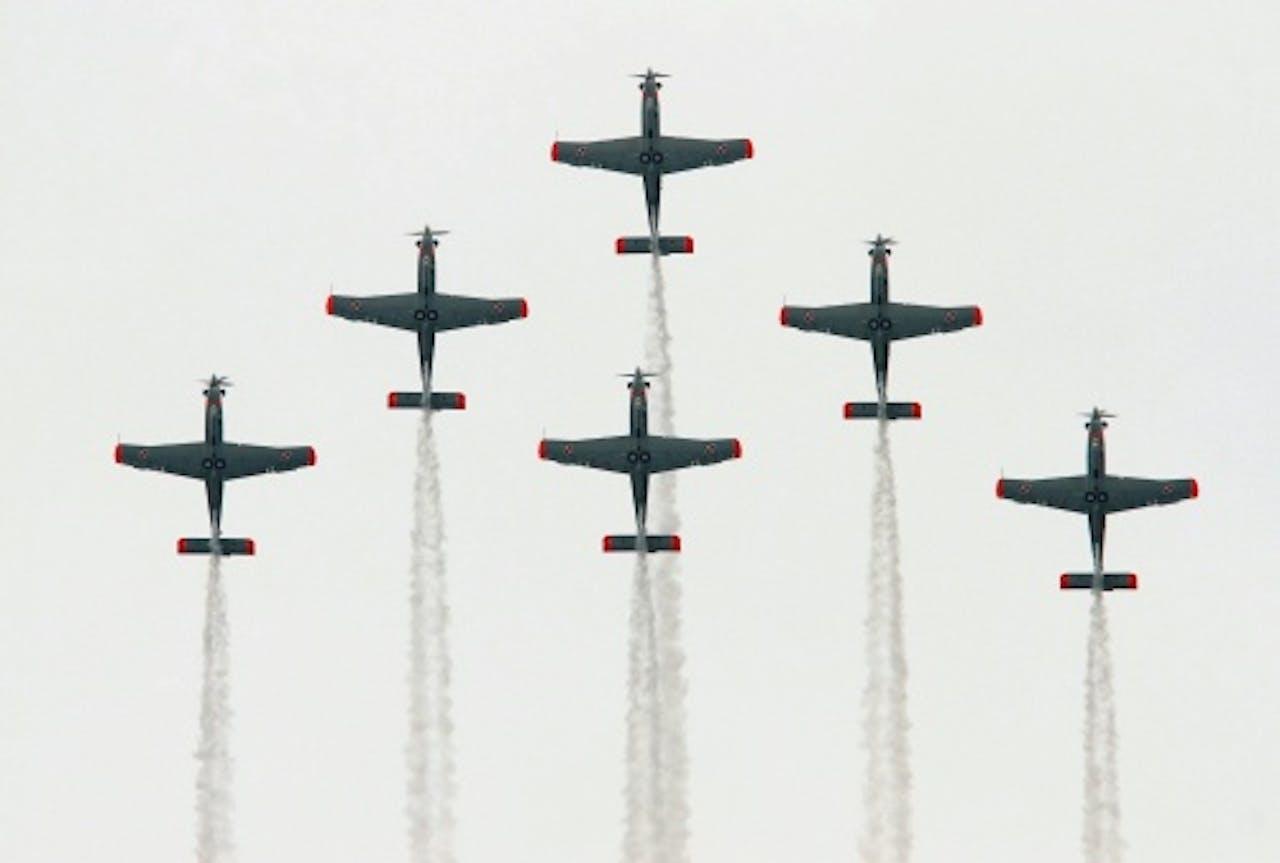 Archiefbeeld van stuntvliegtuigen. EPA