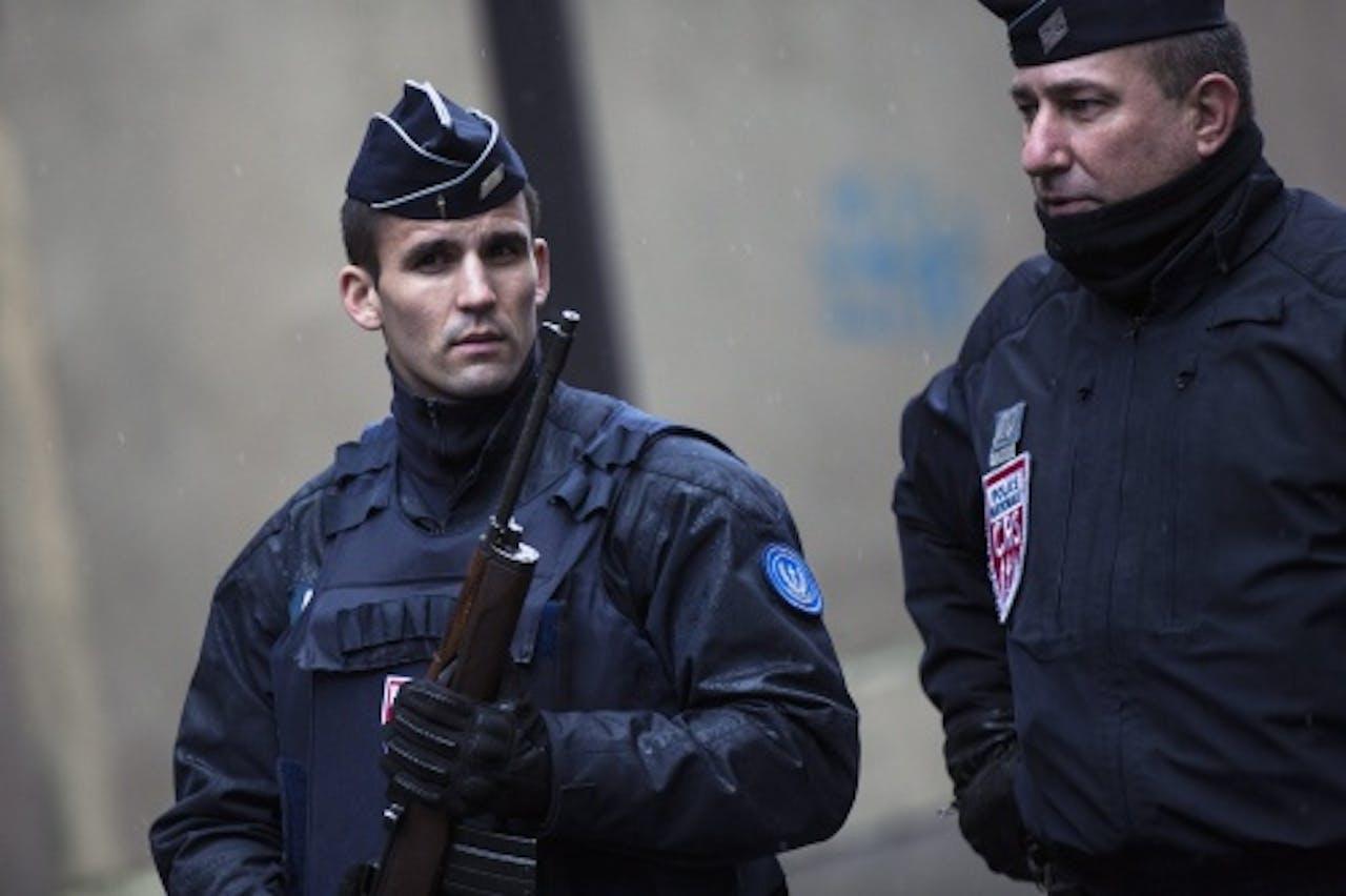 Archiefbeeld van Franse politieagenten. EPA