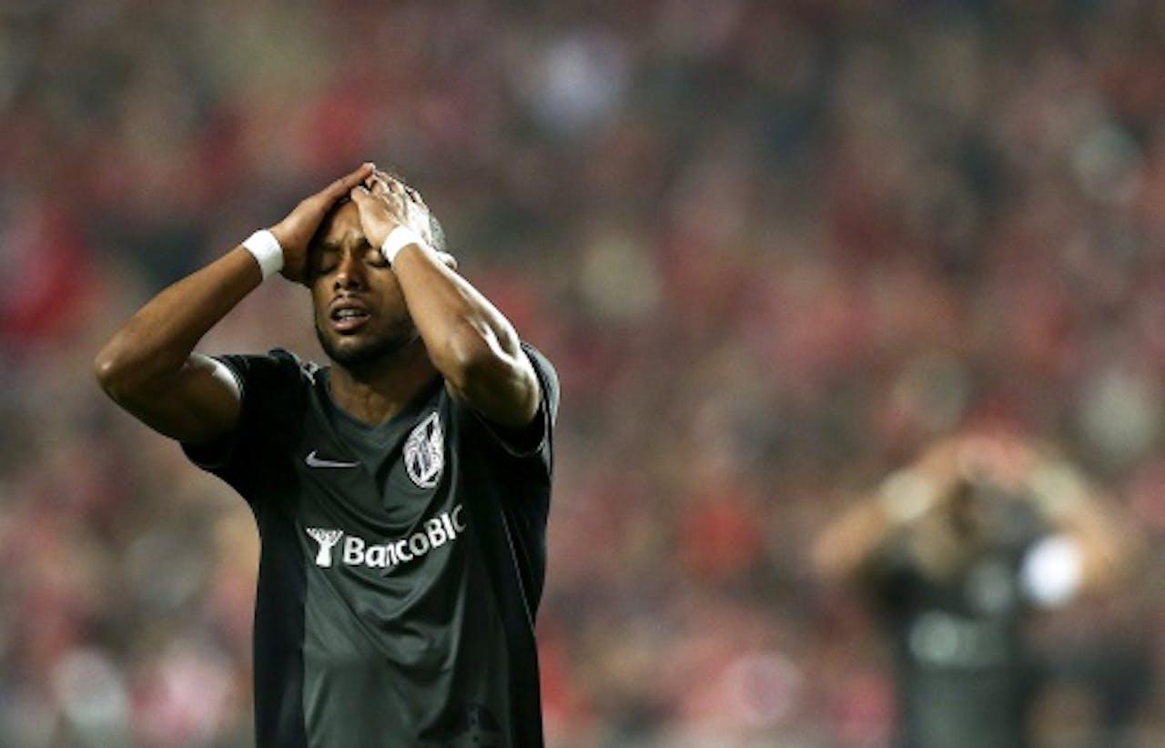 EPA Vitória Guimaraes-speler Hernani baal van de nederlaag tegen SL Benfica.