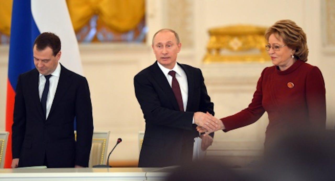 Archieffoto 2012, Valentina Matvijenko (R). EPA