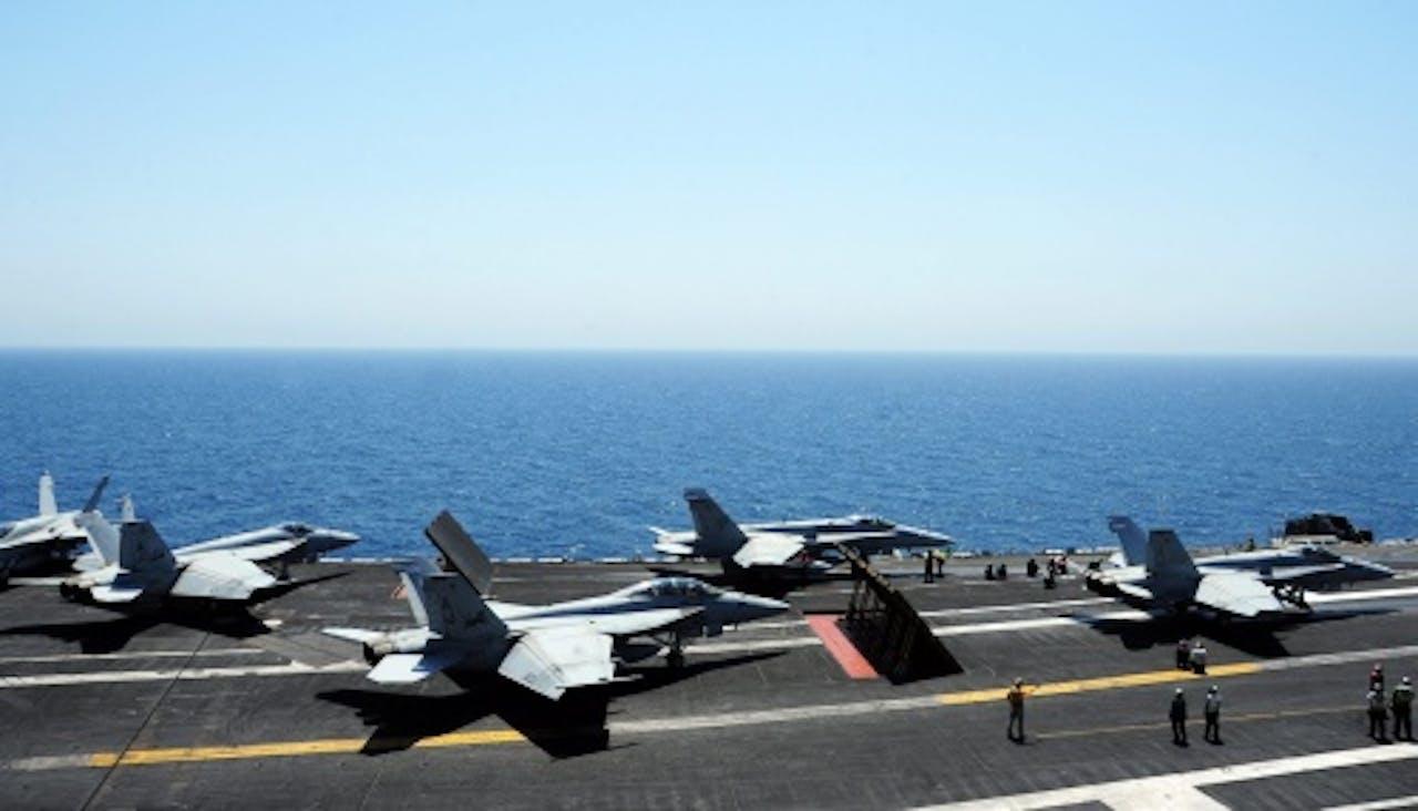 Vliegtuigen staan paraat voor actie IS. EPA