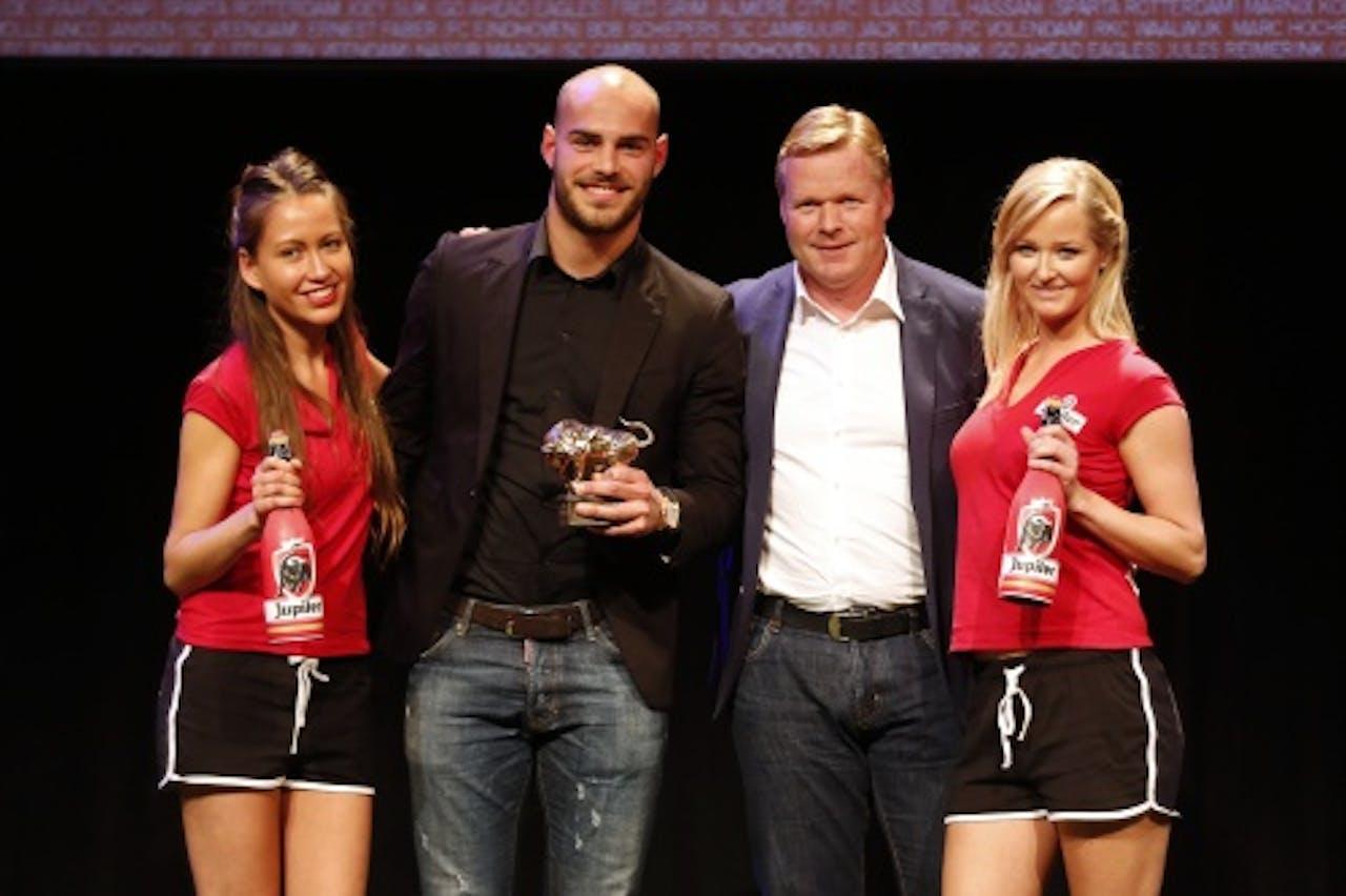 Boymans (tweede van links) met trainer Ronald Koeman. ANP