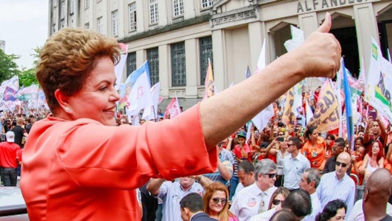 Dilma Rousseff op campagne (EPA)