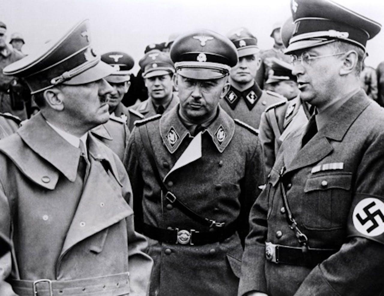 Nazi-kopstukken Adolf Hitler, Heinrich Himmler en Konrad Henlein. ANP Kippa