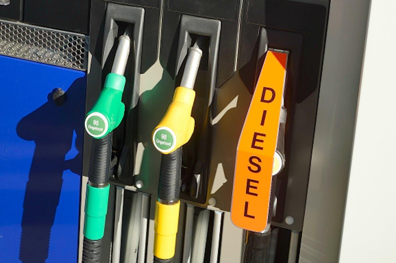 Wie vanaf 1 januari diesel of lpg tankt is duurder uit aan de pomp