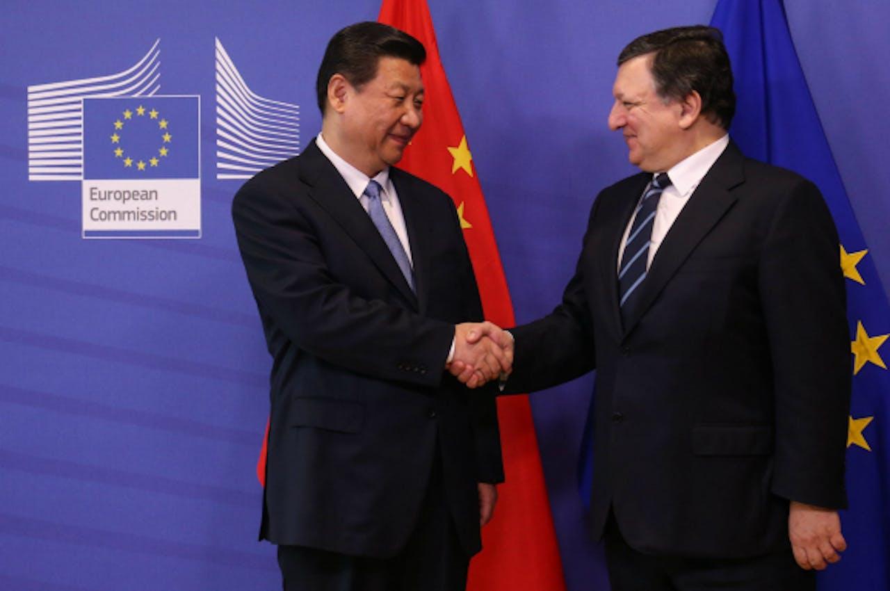Xi Jinping en José Manuel Barroso.