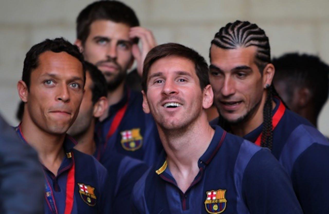 Lionel Messi (C) van FC Barcelona en ploeggenoten in de Westelijke Jordaanoever, EPA