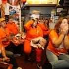 Oranje kijkers.jpg