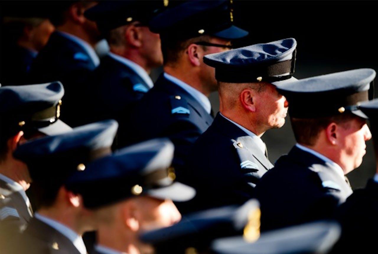 Militairen op de Dam, voorafgaand aan de nationale herdenking.