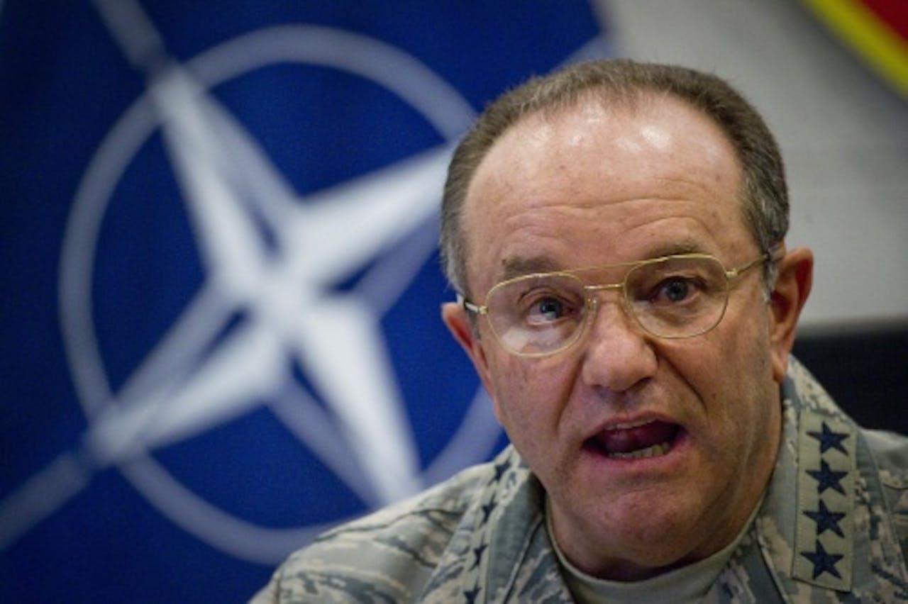 De militaire bevelhebber van de NAVO Philip Breedlove (EPA)