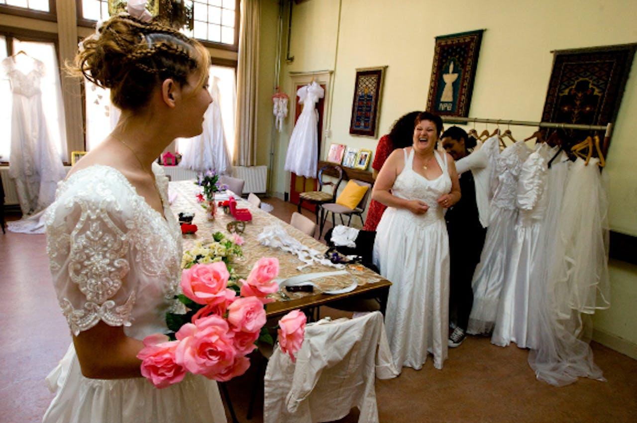 Mei 2010: Wed and Walk organiseert huwelijken voor één dag in Weesp