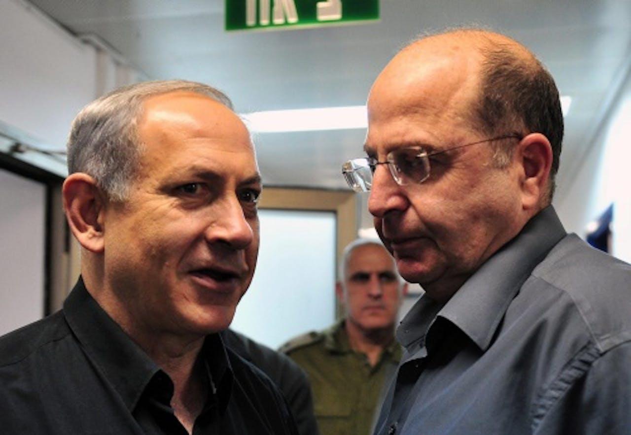 Moshe Yaalon (R). EPA