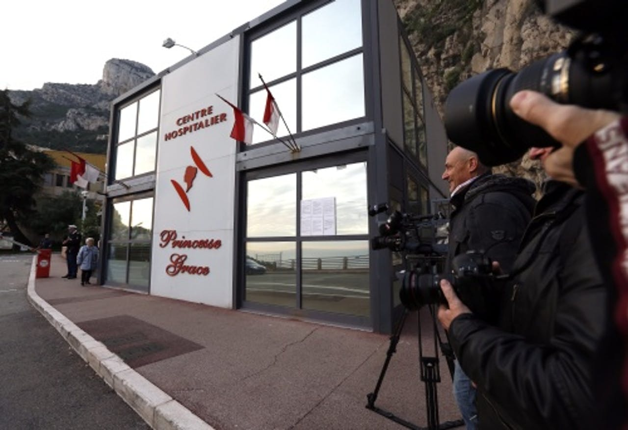 EPA Prinses Charlene zou woensdag in het Princess Grace Hospital in Monaco zijn bevallen van een tweeling.