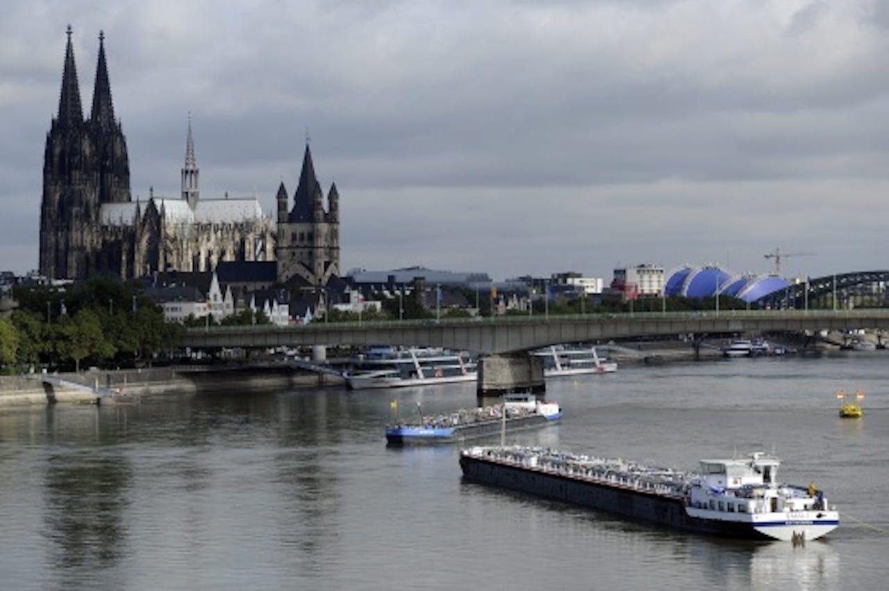 Archiefbeeld van de Rijn bij Keulen. EPA