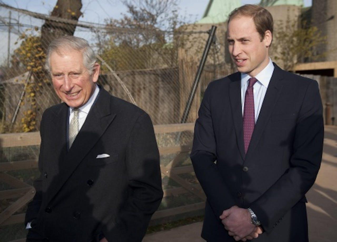 Prins Charles en zijn zoon William (EPA)