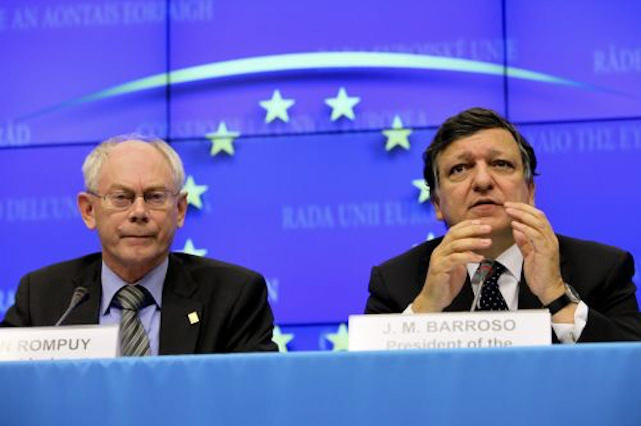EU-president Herman Van Rompuy (L) en voorzitter José Manuel Barroso van de Europese Commissie. EPA