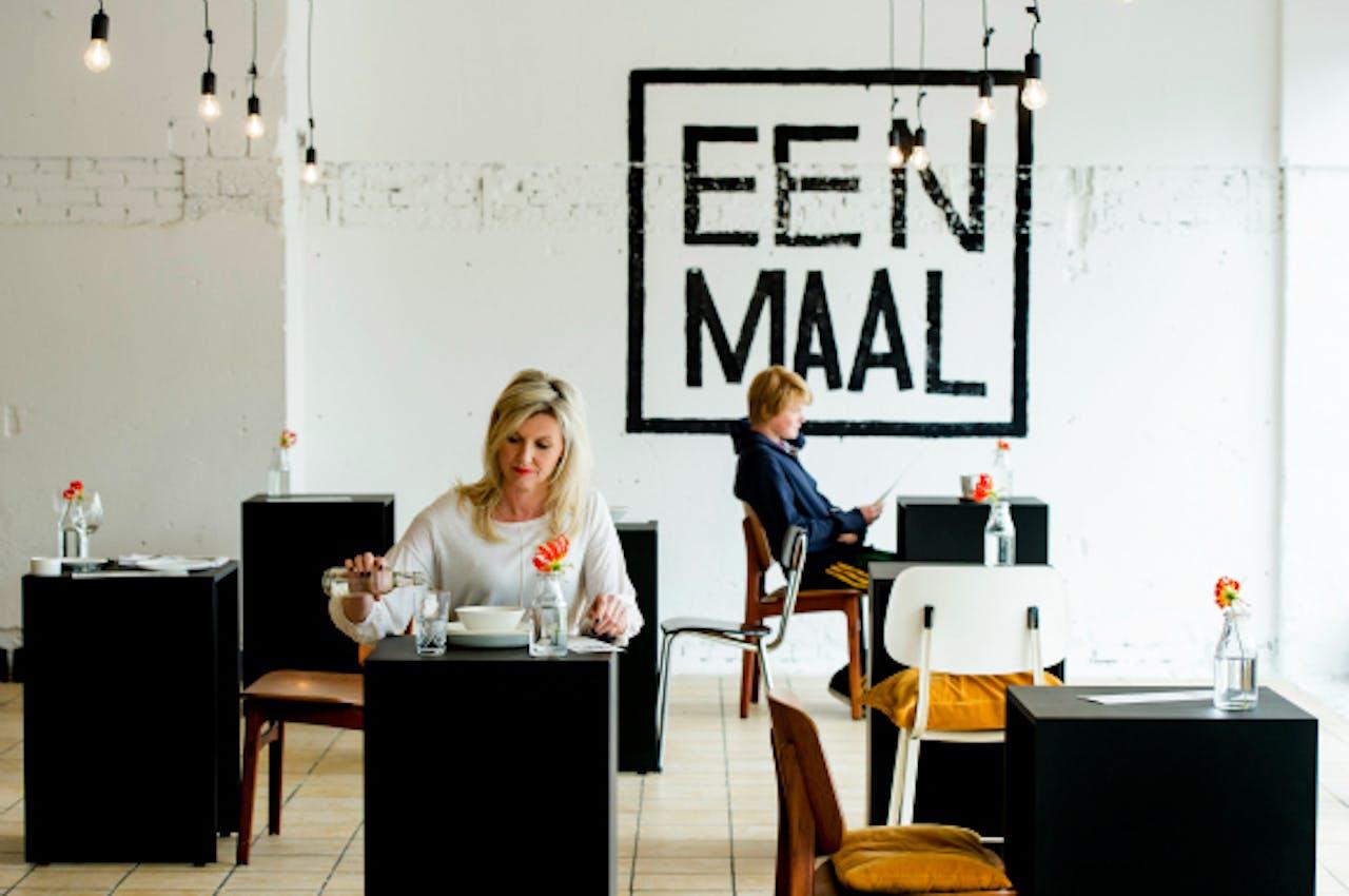 Marina van Goor in haar pop-up restaurant in Amsterdam