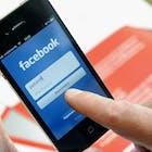 120519 Facebook phone ANP-18335521.jpg
