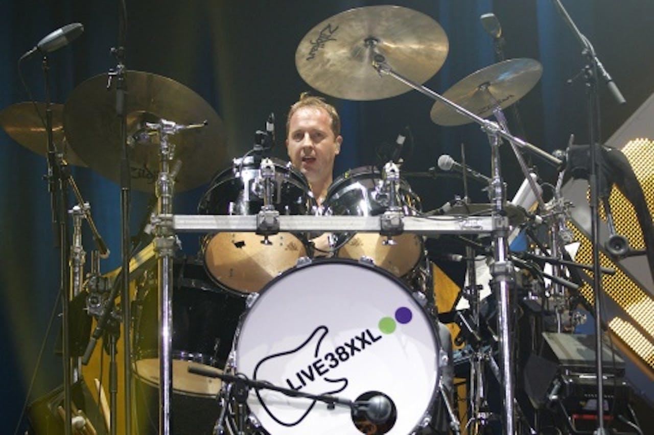 Edwin Evers achter zijn drumstel tijdens Live38xxl in 2012. ANP KIPPA
