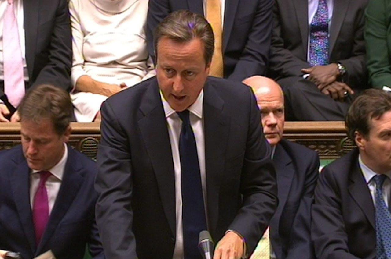 De Britse premier David Cameron tijdens het debat gisteravond.