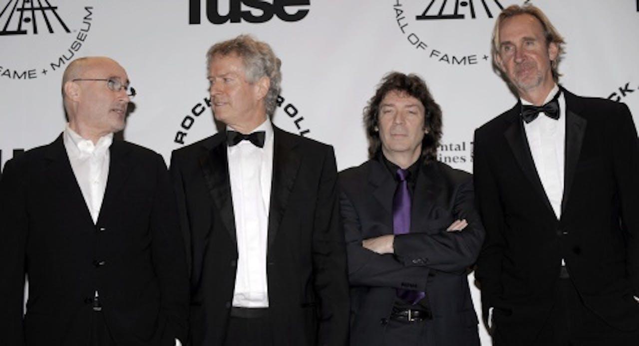 Steve Hackett (tweede van rechts), met wie Nederlander Arjen Lucassen werkt. EPA
