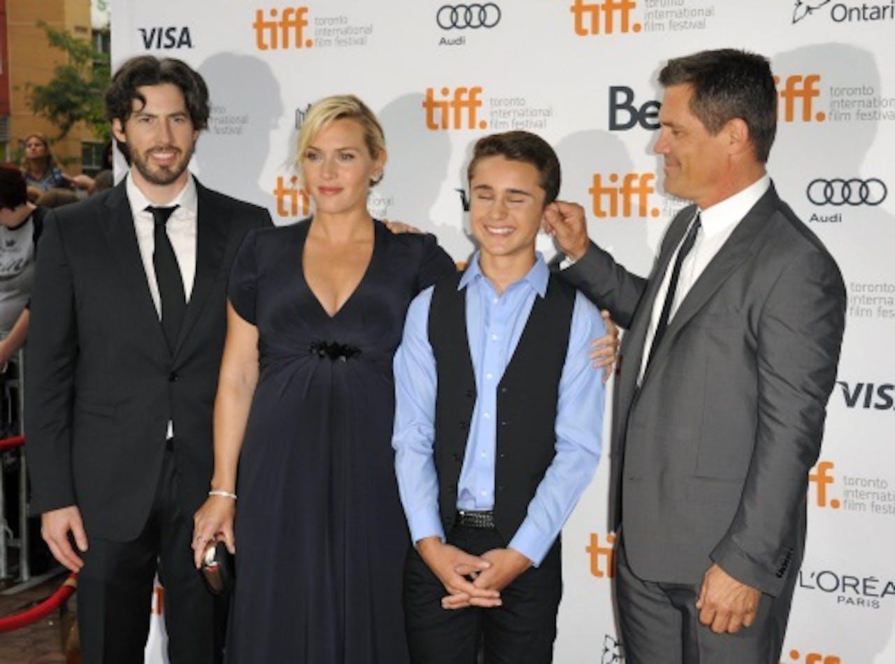 De Canadese regisseur Jason Reitman, actrice Kate Winslet, acteur Gattlin Griffith en Josh Brolin op de rode loper van het Toronto Film Festival.EPA