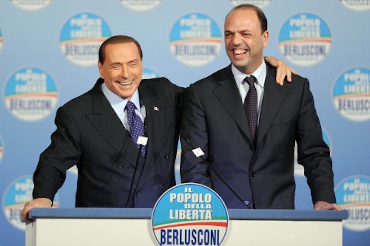 Silvio Berlusconi (L) en Angelino Alfano (R). EPA