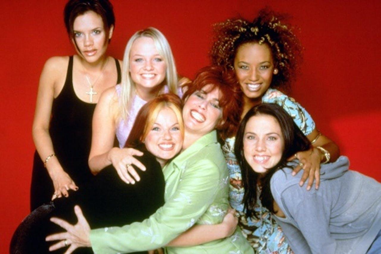 Ruby Wax met de Spice Girls. EPA