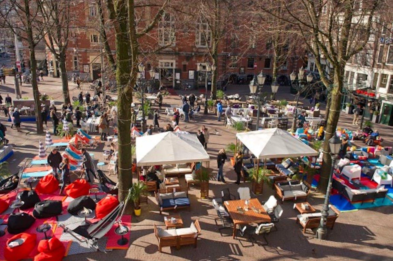IKEA vervangt terrassen Leidseplein voor eigen Outdoor collectie