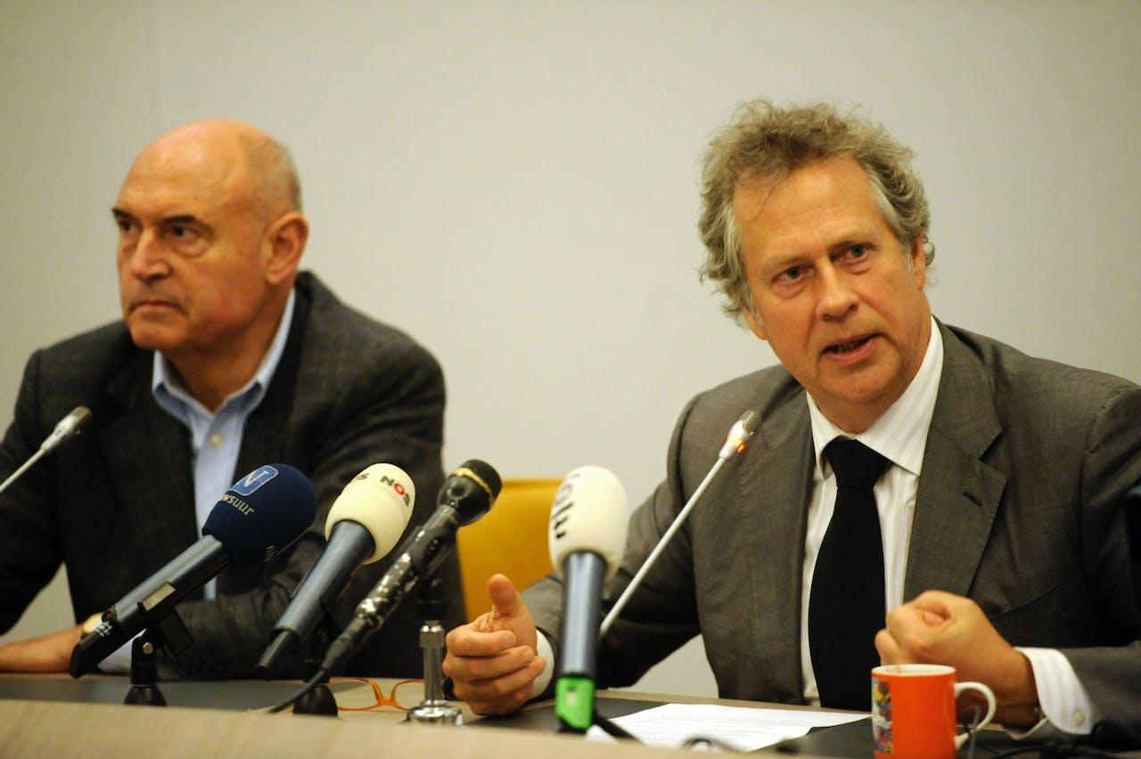 Han Noten (r.) naast oud-voorzitter van de SER Herman Wijffels