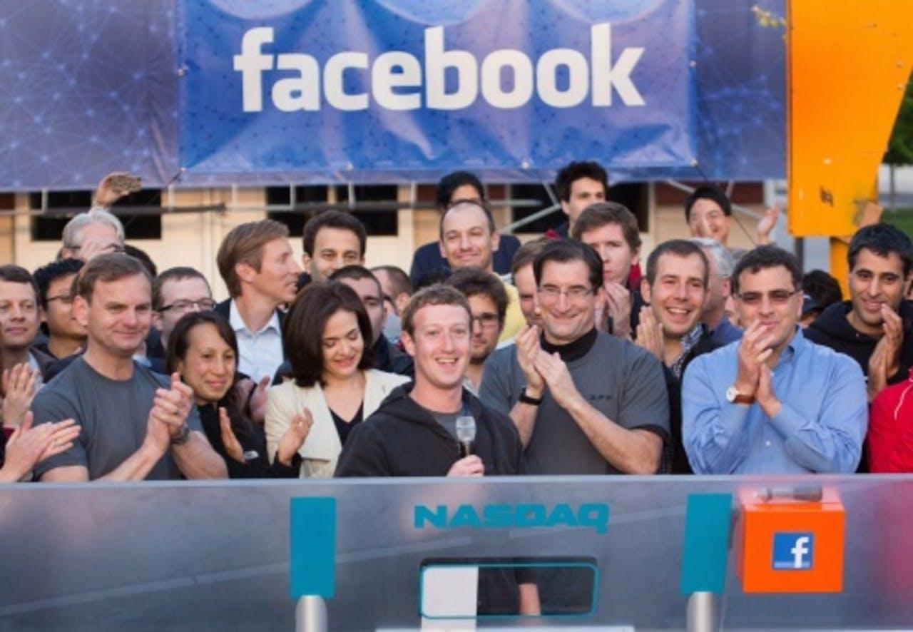 Mark Zuckerberg in het midden. EPA