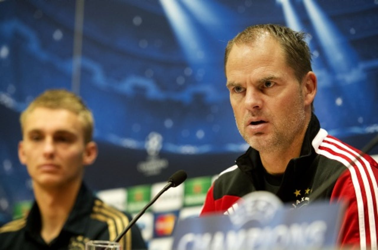 Keeper Jasper Cillissen en trainer Frank de Boer (ANP)
