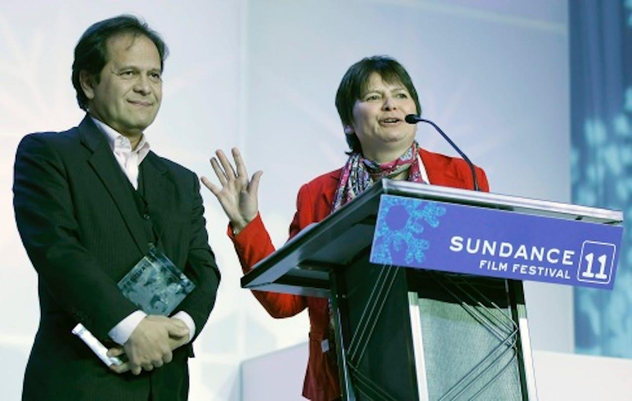 Regisseur Hetty Naaijkens-Retel Helmrich (R) met haar broer Leonard Retel Helmrich (L). EPA