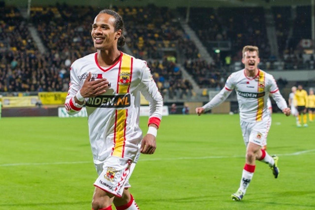 Jarchinio Antonia van Go Ahead Eagles juicht na de 1-2 tegen Roda JC. ANP PRO SHOTS