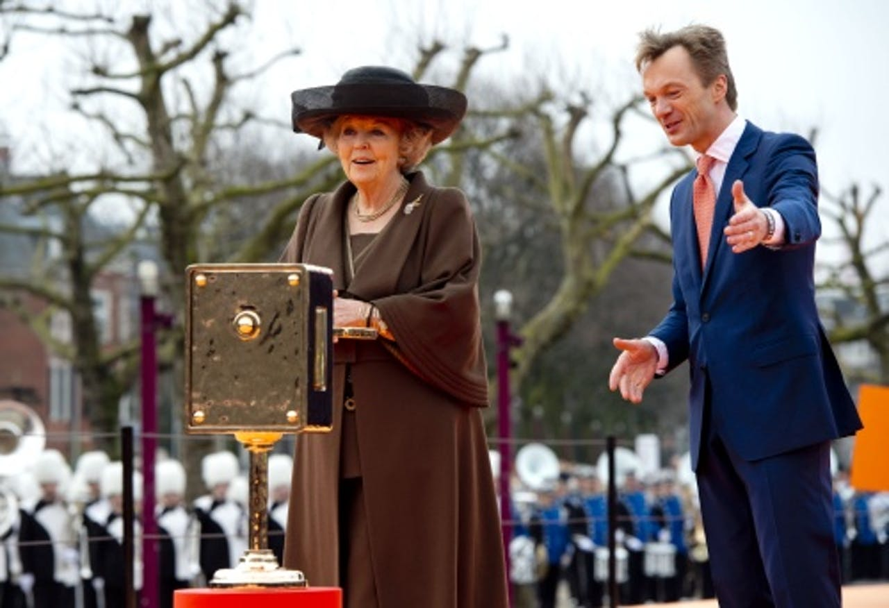 Koningin Beatrix bij de heropening van het Rijksmuseum (ANP)