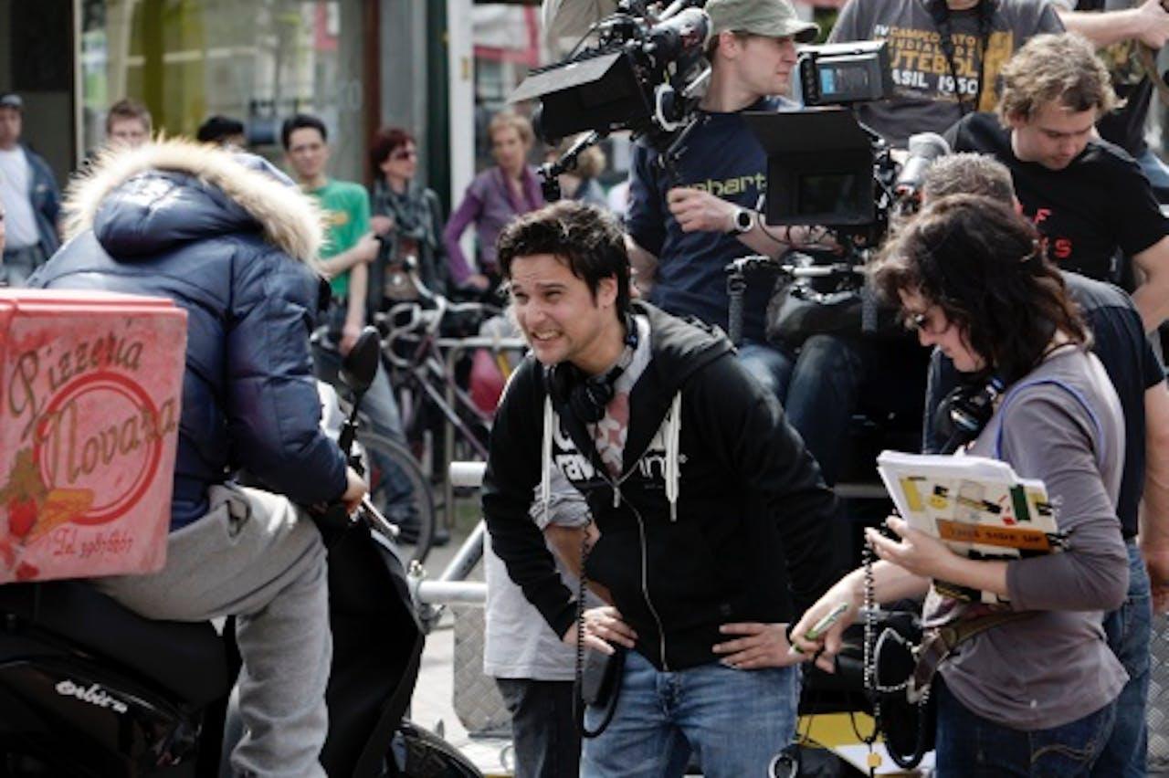 Tim Oliehoek (M) op de set van de film Pizzamaffia (2010) ANP Kippa