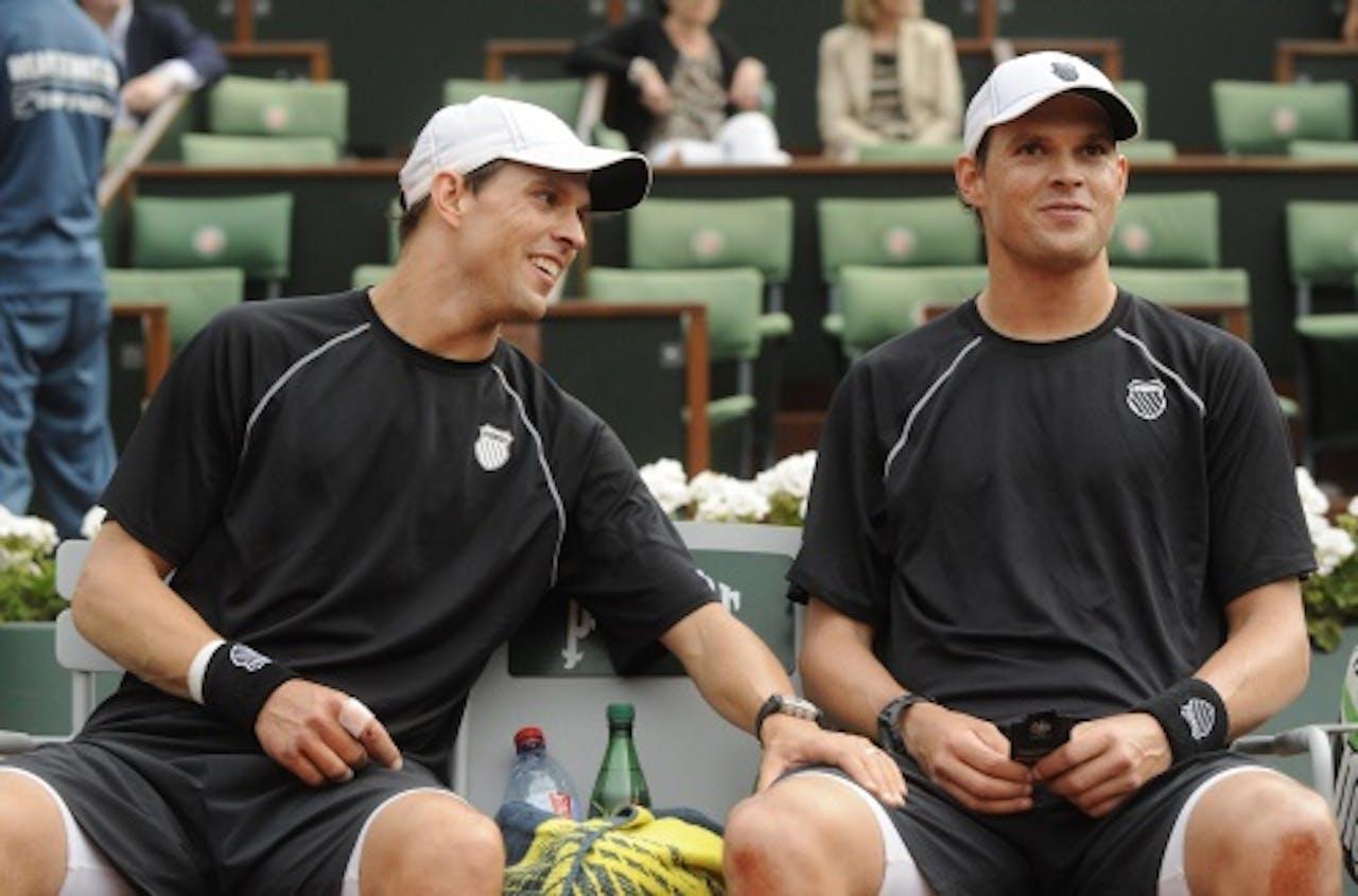Bob and Mike Bryan op Roland Garros. EPA